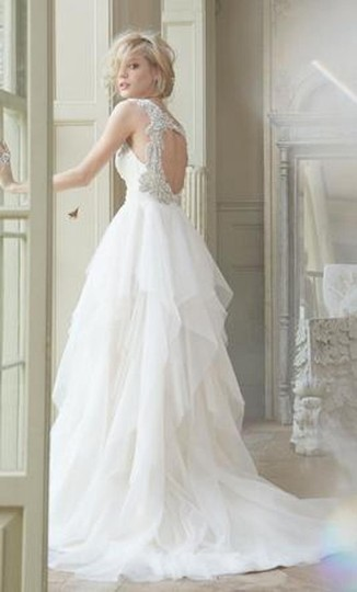 Hayley Paige Ivory English Net/Tulle Carrie 6350 Modern Wedding Dress Size 8 (M) Image 2