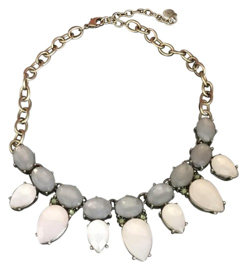 Preload https://img-static.tradesy.com/item/22052185/rj-graziano-cream-necklace-0-1-540-540.jpg