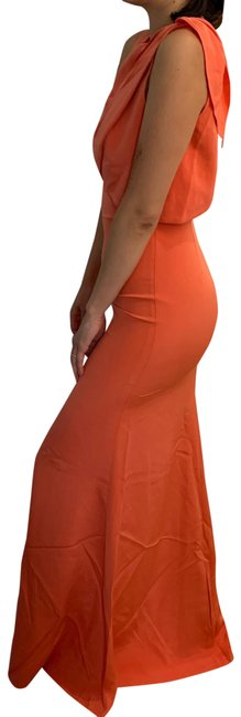 Item - Coral Form Fitting Evening Gown Long Formal Dress Size 4 (S)