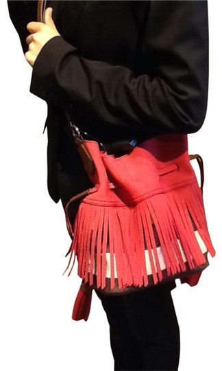 Preload https://img-static.tradesy.com/item/22053898/burberry-ashby-canvas-check-nubuck-fringe-small-belgrove-crossbody-red-windsor-red-tote-0-2-540-540.jpg