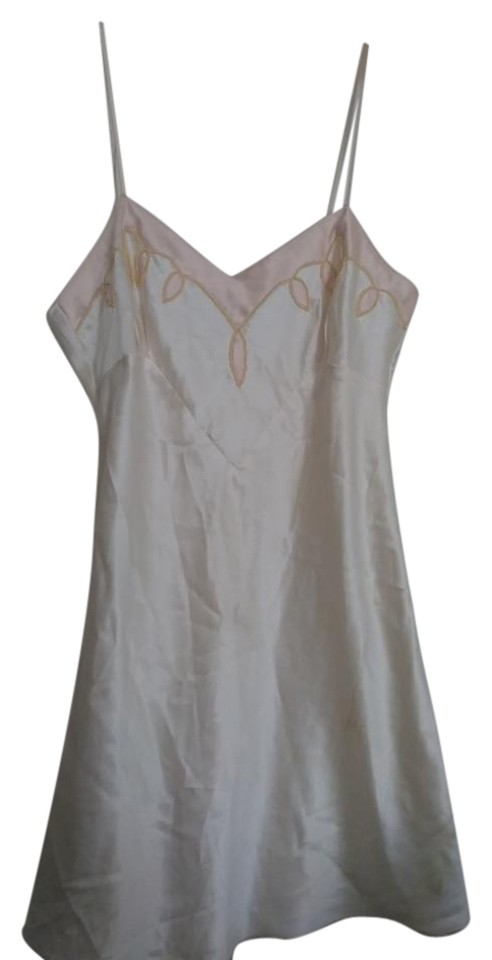 aed36d81c3d98 Victoria's Secret White Pale Pink Slip with Beaded Embroidery Tank Top/Cami  Size 10 (M)