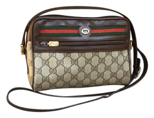 23cb4793d7c3 Gucci Bags - Up to 90% off at Tradesy