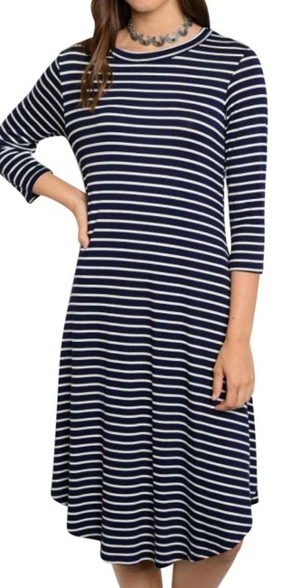 Item - Navy Jersey L White Nautical In Stripe New S M Soft Curved Hem Short Casual Dress Size 8 (M)