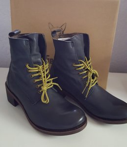46756bbc5494 Gee WaWa Leather Lace Eclectic Bohemian Navy Boots