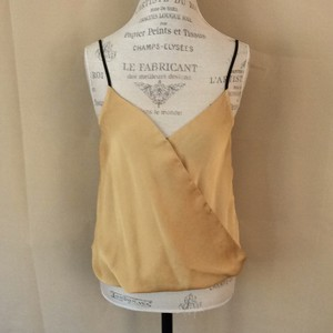 Kenneth Cole Top gold