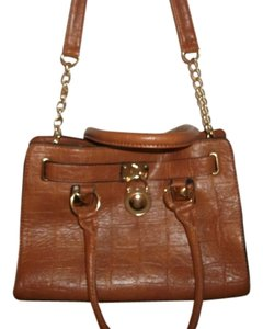 Crocodile Lock Embellish Shoulder Bag