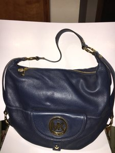 473dedb51c671a Added to Shopping Bag. Michael Kors Pet And Smoke Free New With Tags Leather  Scratch-free Hobo Bag. Michael Kors Fulton Large Shoulder ...
