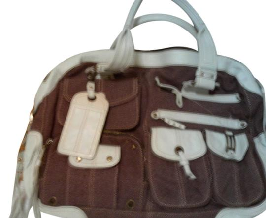 Preload https://img-static.tradesy.com/item/2206105/hayden-harnett-weathered-mulberry-canvas-satchel-with-leather-accents-weekendtravel-bag-0-0-540-540.jpg