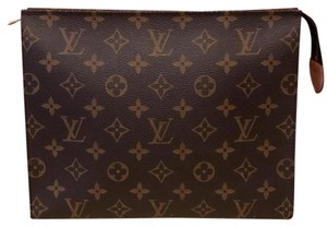 Louis Vuitton SOLD OUT! Toiletry 26
