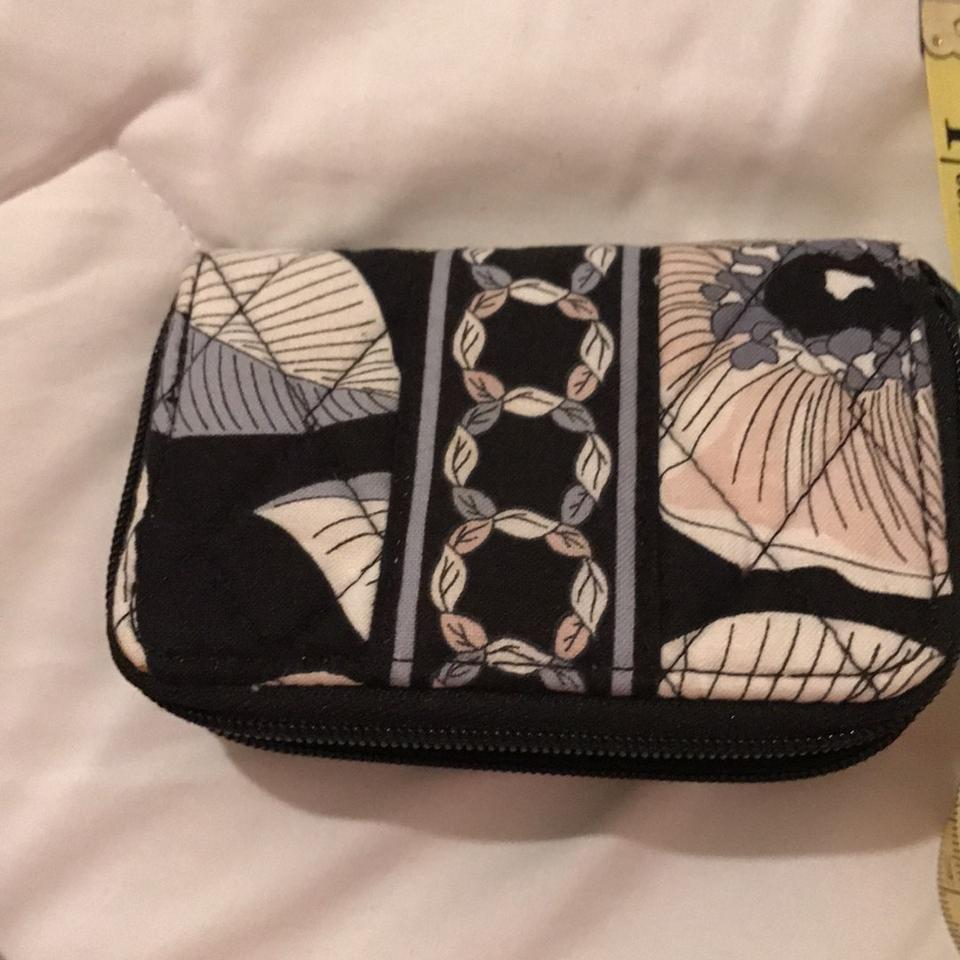 Vera Bradley Black and White Business Card Holder Wallet - Tradesy