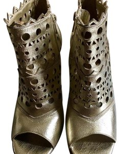 Oh Deer! gold Boots