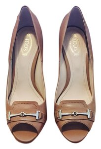 Tod's Nude Pumps