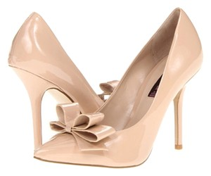 Steven by Steve Madden Bow Bow Bow Valentino Nude Pumps