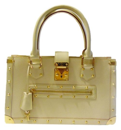 Preload https://item3.tradesy.com/images/louis-vuitton-le-fabuleux-creamoff-white-suhali-goats-skin-leather-satchel-2206612-0-0.jpg?width=440&height=440