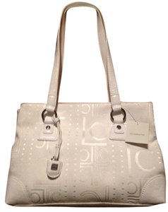 Liz Claiborne Classic Medium Sized Shoulder Bag