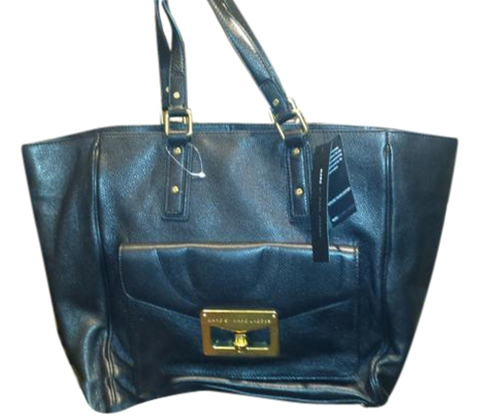 60ef683ca0fb Marc by Marc Jacobs Metropolitote 48 Black and Taupe Leather Tote ...