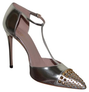Gucci Leather Leather Studded Metallic Silver Pumps