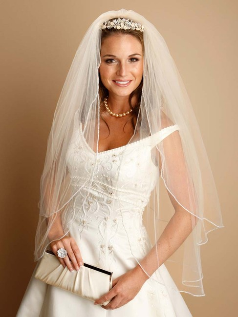 """Mariell Ivory Tulle with Silver Accents As Shown Long 2-layer Rhinestone Edge 30""""/36"""" V062 Bridal Veil Mariell Ivory Tulle with Silver Accents As Shown Long 2-layer Rhinestone Edge 30""""/36"""" V062 Bridal Veil Image 1"""