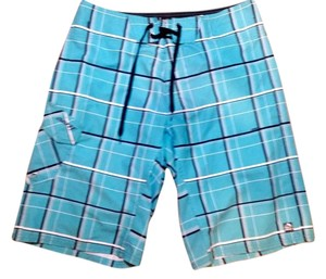 Reef Size 32 Shorts black teal