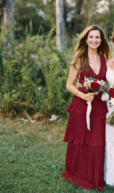 Item - Merlot/Red Polyester Pleated Teired Feminine Bridesmaid/Mob Dress Size 2 (XS)
