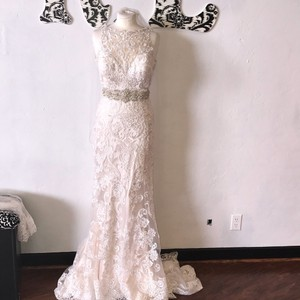 Mori Lee Ivory / Light Gold Tulle Lace and Duchess Satin Mimi/ 8173 Vintage Wedding Dress Size 8 (M)