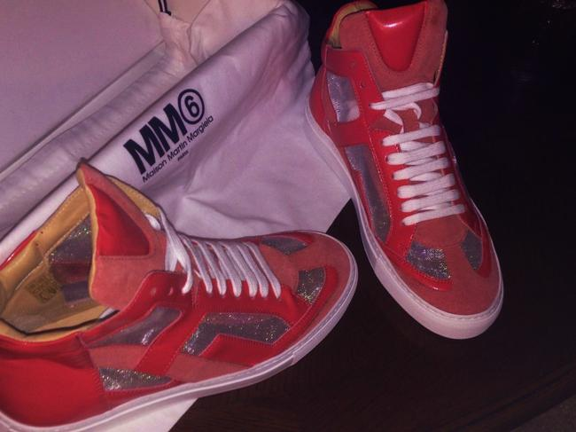 Item - Coral Leather / Suede / Holographic Inserts Sneakers Size US 7 Regular (M, B)