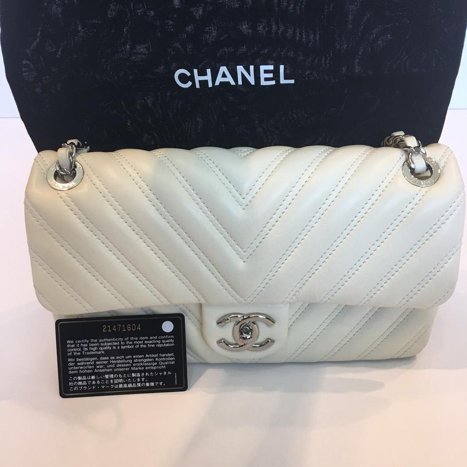 6e7ff616048d Chanel Classic Flap Chevron Medium Quilted Off White Leather ...