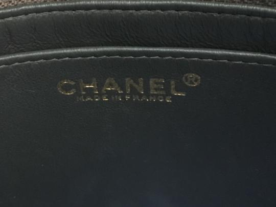 Chanel Jumbo Medium Classic Flap Quilted Maxi Hobo Bag Image 5
