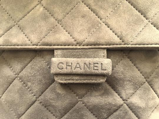 Chanel Jumbo Medium Classic Flap Quilted Maxi Hobo Bag Image 6