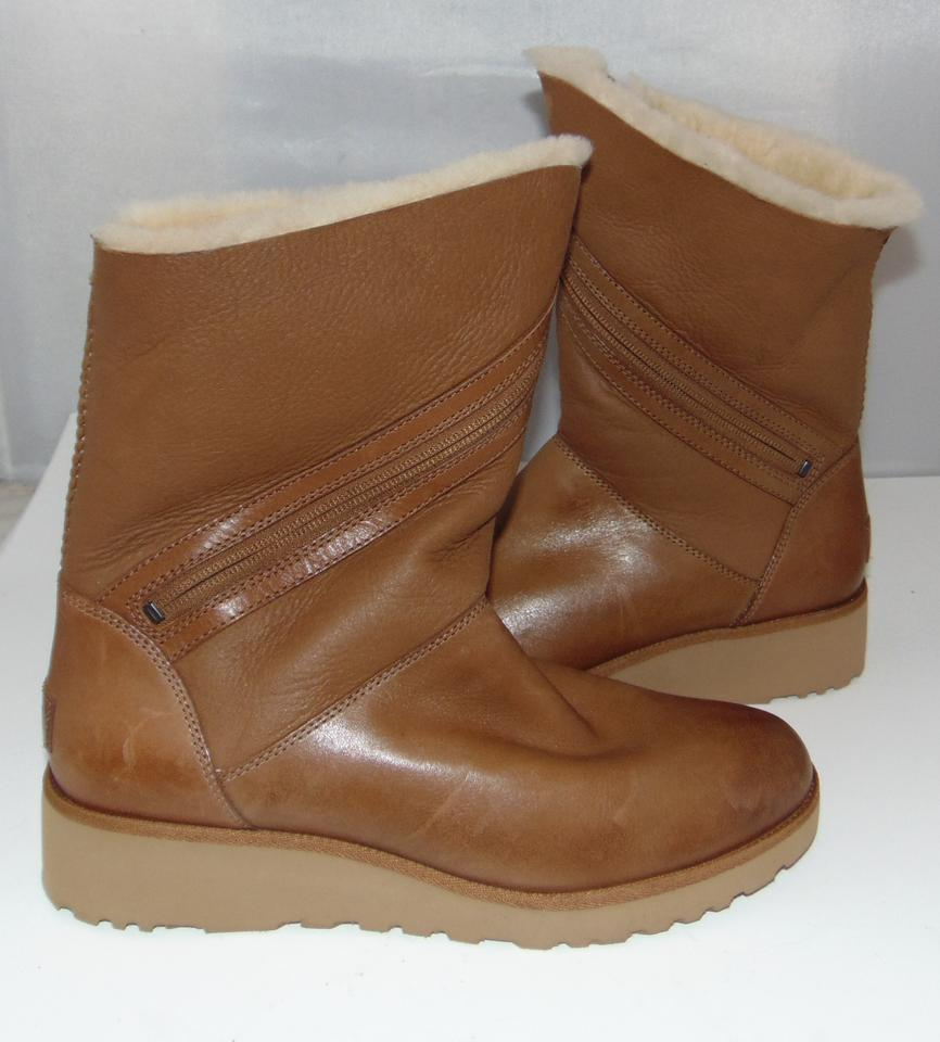 8cb9ba7a578 UGG Australia Chestnut Low Wedge Shearling Lined Lorna Boots/Booties Size  US 9 Regular (M, B) 52% off retail