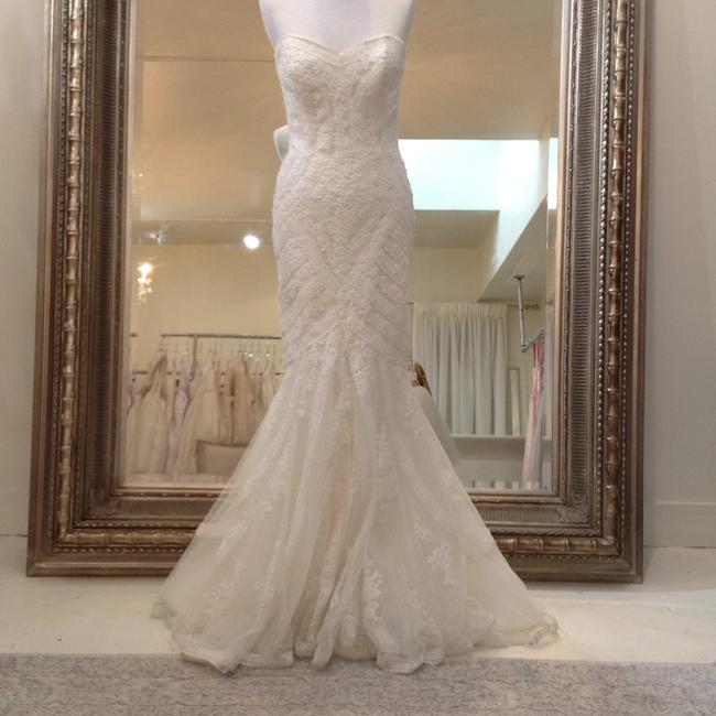 Item - Off White Lace Ombera Traditional Wedding Dress Size 8 (M)