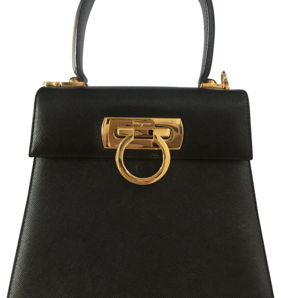 salvatore ferragamo saffiano leather handbag black baguette on sale 65 off baguettes on sale. Black Bedroom Furniture Sets. Home Design Ideas