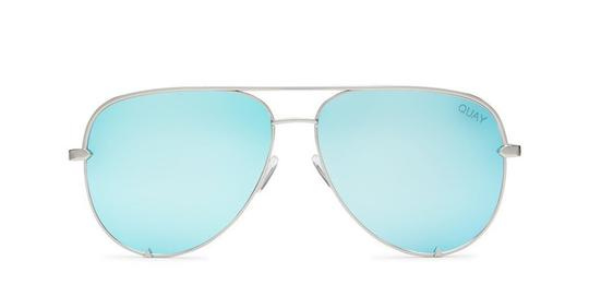 Preload https://img-static.tradesy.com/item/22080453/quay-blue-silver-quayxdesi-high-key-sunglasses-0-2-540-540.jpg