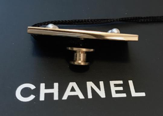 Chanel Chanel Cuba Cruise 2017 Gold Metal Black Plate COCO555 Brooch Pin Image 5