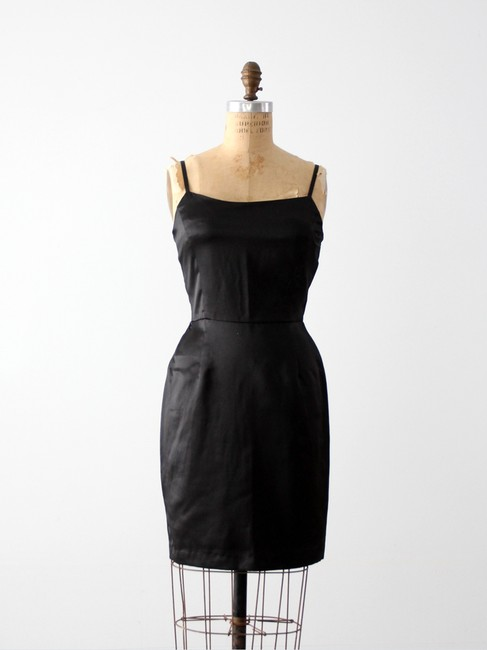 Preload https://img-static.tradesy.com/item/2208110/french-connection-black-above-knee-night-out-dress-size-4-s-0-0-650-650.jpg