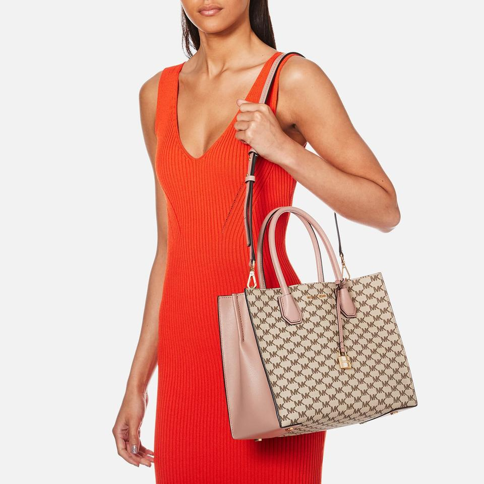 4ef36d31311a Michael Kors Studio Mercer Large Convertible / Cherry Tote in Natural/Fawn  Image 11. 123456789101112
