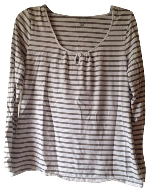 Preload https://item5.tradesy.com/images/kenneth-cole-reaction-top-2208309-0-0.jpg?width=400&height=650