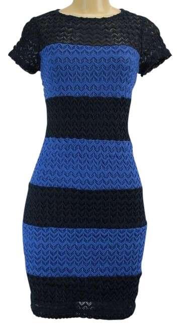 Preload https://img-static.tradesy.com/item/22083096/muse-blue-and-navy-light-striped-crew-neck-short-casual-dress-size-14-l-0-1-650-650.jpg