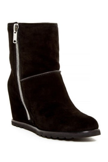 Preload https://img-static.tradesy.com/item/22083137/marc-by-marc-jacobs-black-harper-suede-leather-ankle-wedge-bootsbooties-size-eu-38-approx-us-8-regul-0-0-540-540.jpg