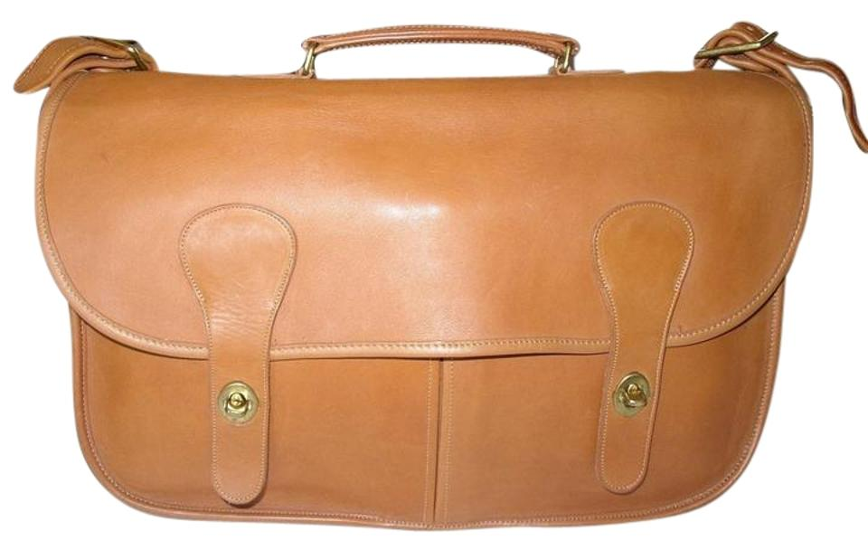 8ba4d6c3f4 Coach Reconditioned Carrier Vintage Nyc Mint Condition British Tan ...