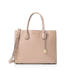 4d00c6fd9ced32 Michael Kors Bags on Sale - Up to 70% off at Tradesy