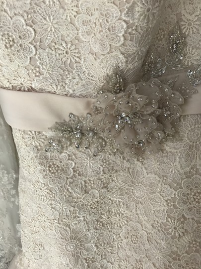 Allure Bridals Pearl/Silver Lace & Tulle 3920 Formal Wedding Dress Size 8 (M)