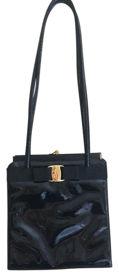 Salvatore Ferragamo Vara Ribbon Black Patent Leather Shoulder Bag ... fd5520c3a5829