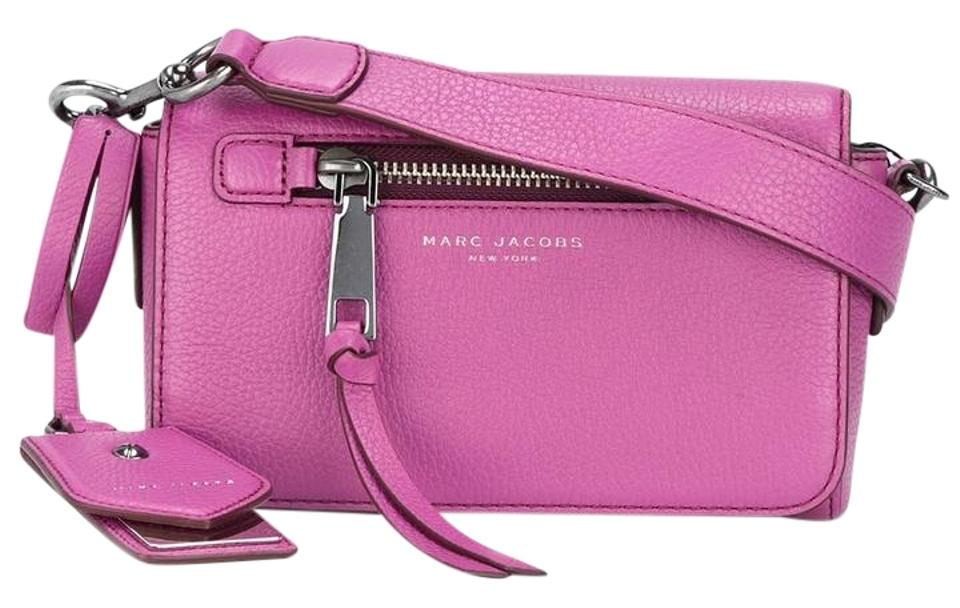d64fafaff Marc Jacobs Recruit Small Leather Shoulder Swingpack Recruit Soft Leather  Cross Body Bag Image 0 ...