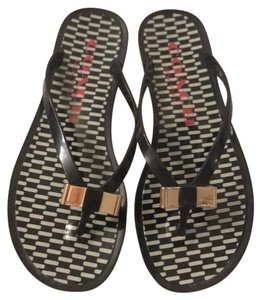 e4ba00acc2b77 Coach Flip Flops - Up to 70% off at Tradesy (Page 2)