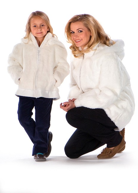 madisonavemall Real Fur Womens Fur Natural Fur Fur Hooded White Jacket Image 2