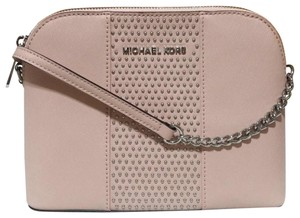 24508b6edabb Michael Kors Cindy Large Cross Body Bag
