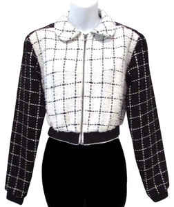 BCBGeneration Color Plaid Cropped Casual White/Black Jacket