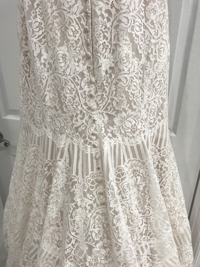 Allure Bridals Champagne/Ivory Lace 9259 Formal Wedding Dress Size 8 (M) Image 2