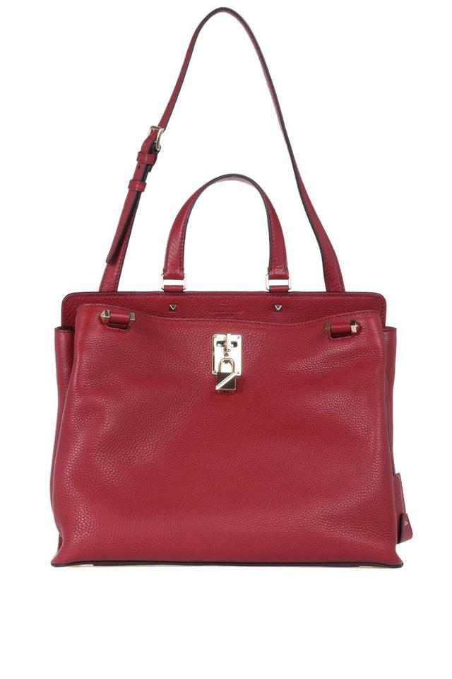 decfd9a41584 Valentino Bags - Up to 90% off at Tradesy